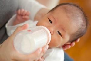Bayi Dapat Tumbuh Secara Normal Walau Hanya Minum Susu Formula