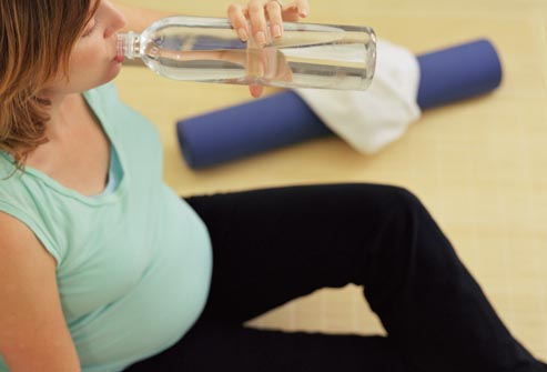Berkeringat Dan Sering Merasa Haus Selama Masa Kehamilan
