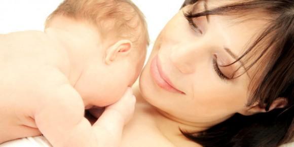 Bahaya Pemberian Air Putih Pada Bayi 0-6 Bulan